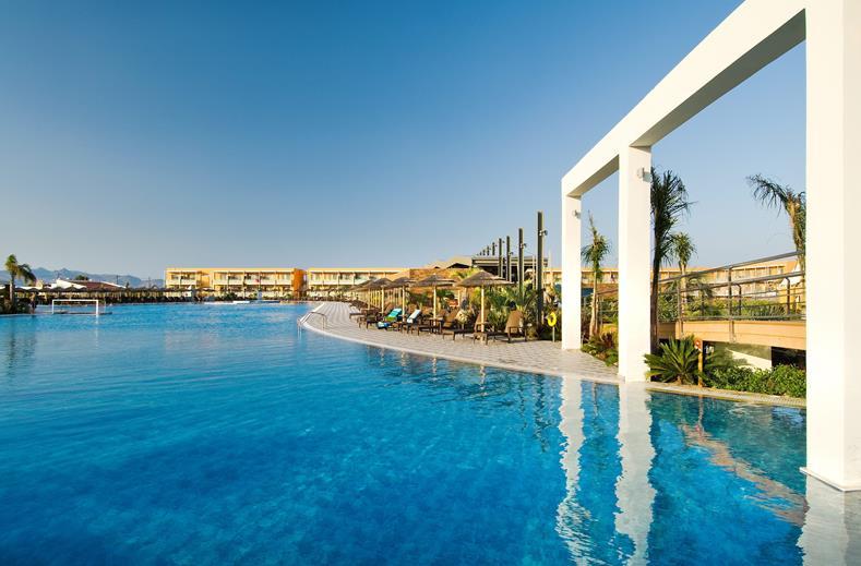 Het luxe Blue Lagoon Resort ligt op Kos in Griekenland