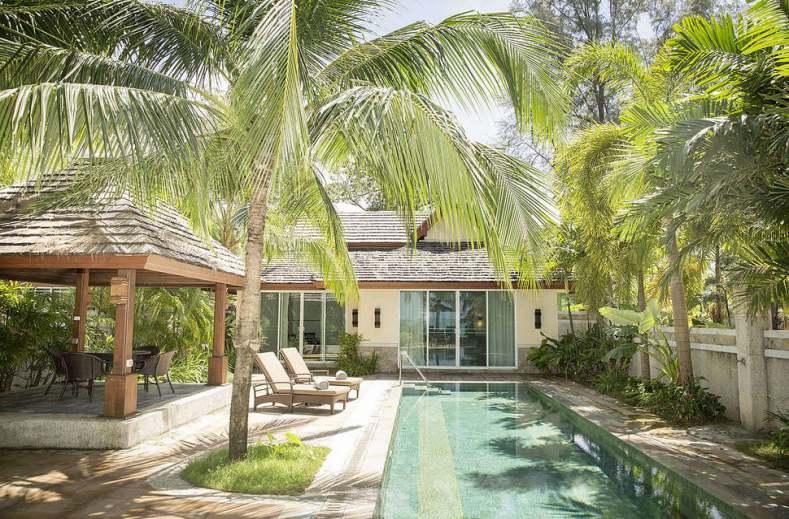 Het Embudu Village is een luxe hotel op Zuid-Male Atol op de Malediven.